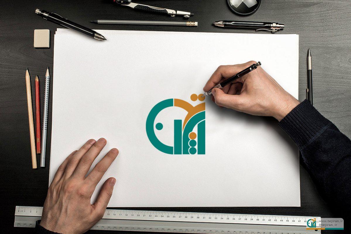 موکاپ زیبای طراحی رو کاغذ