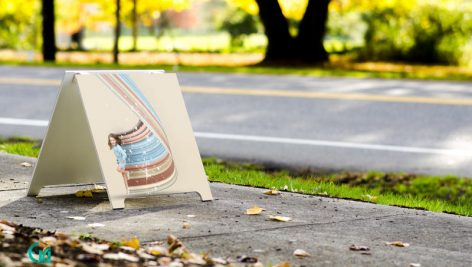 دانلود رایگان موکاپ بنر تاشو – Banner Mockup