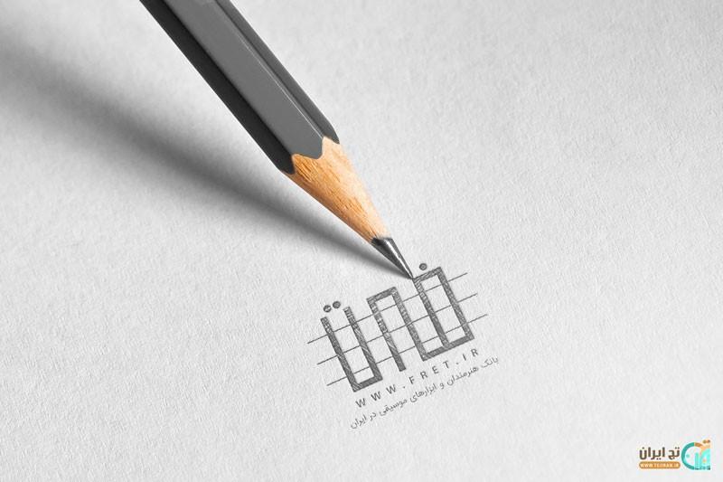 موکاپ طراحی با مداد