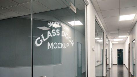 موکاپ لوگو روی شیشه سکیوریت